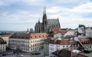 Этапы и особенности приобретения коммерческой недвижимости в Чехии